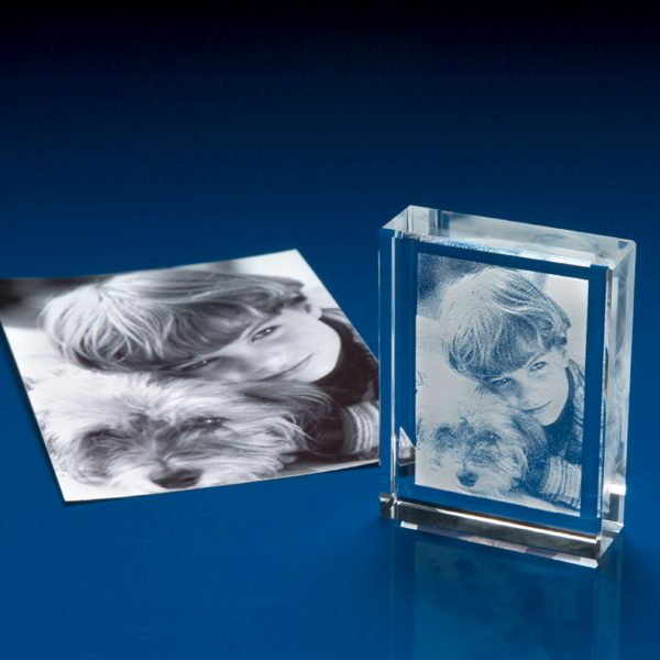 3D photo crystal, crystal 3D glass picture, crystal photo frame, 3D Image in glass, crystal photo engraving, crystal etched photos